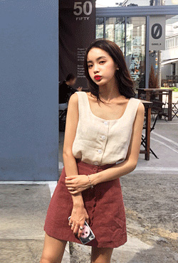 Button-Front Sleeveless Linen Top